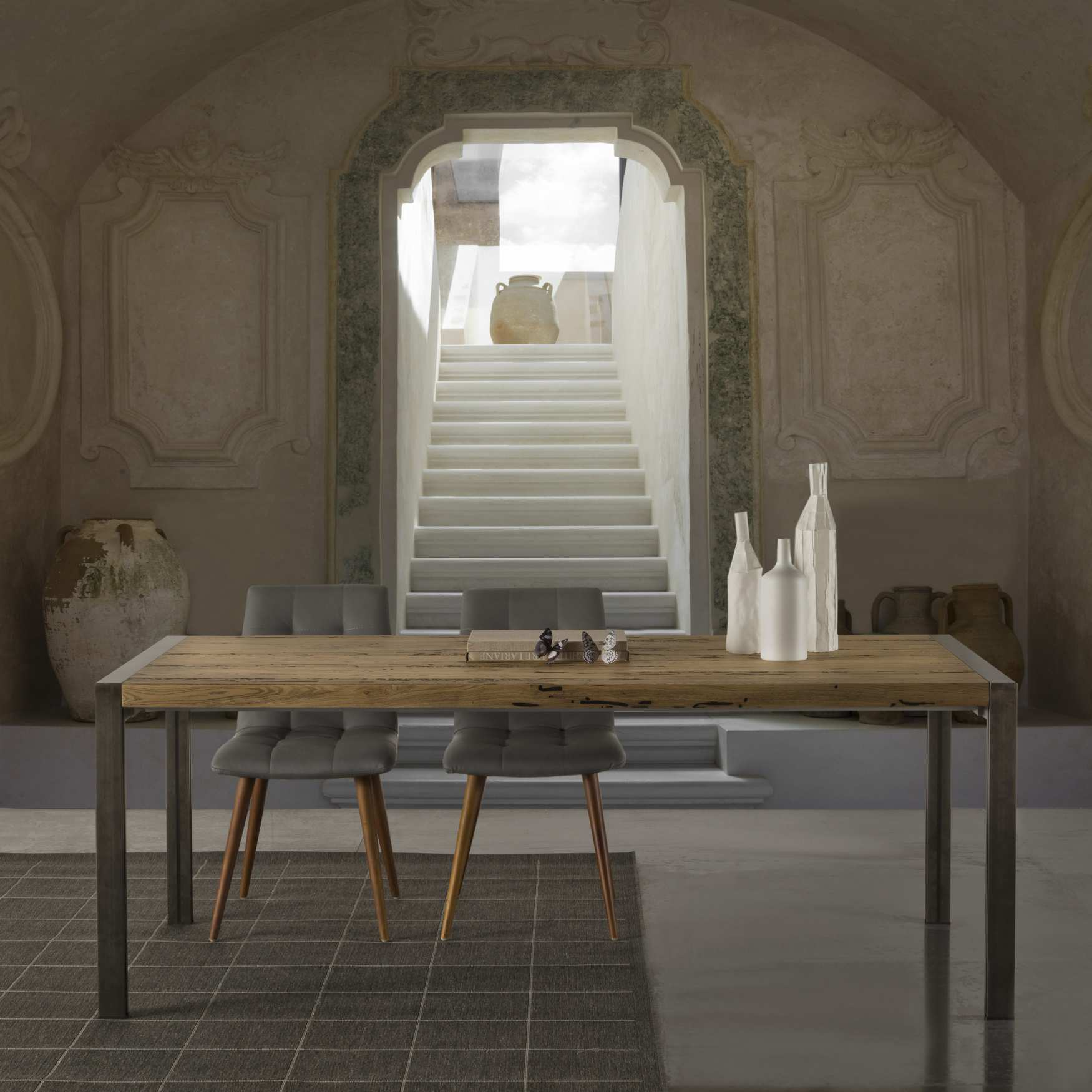 Tavolo design legno skinny milanomondo for Tavolo in legno design