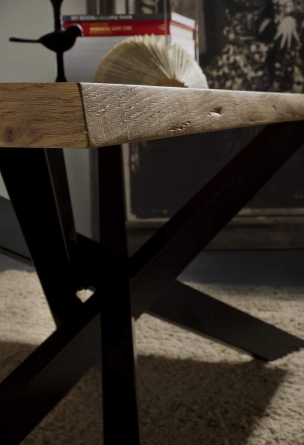 Base metallo tavolo cooper milanomondo for Vergani arredamenti