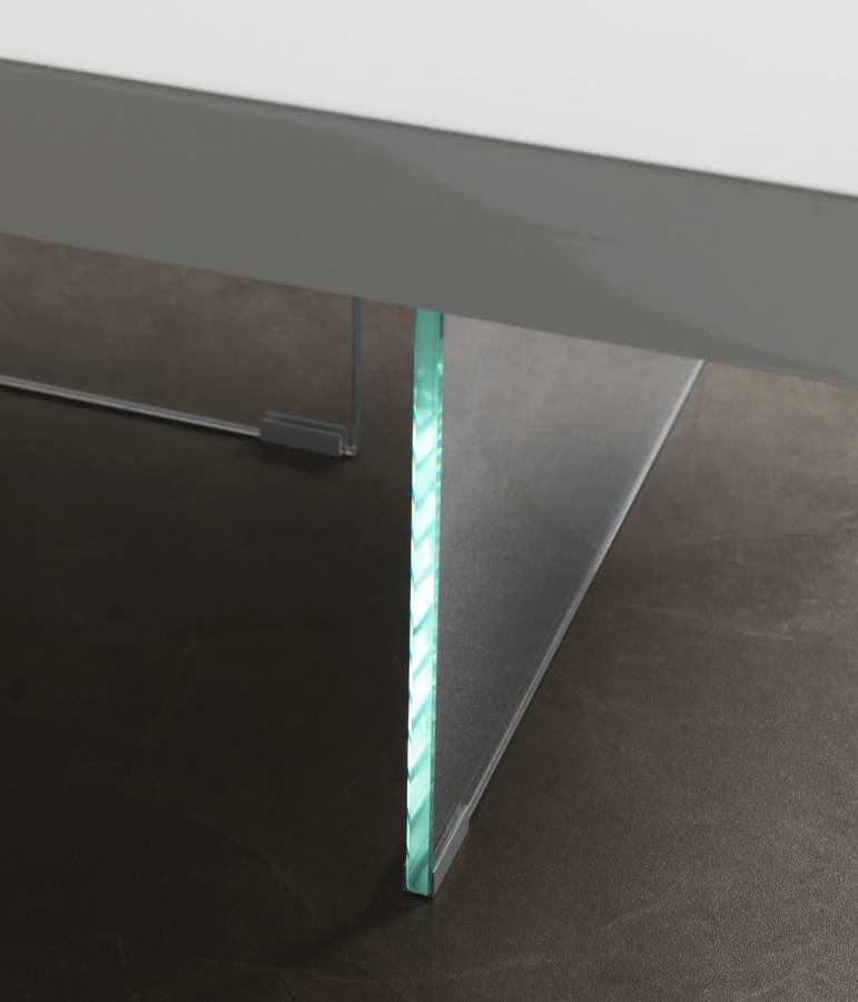 Base cristallo tavolino flai milanomondo for Vergani arredamenti
