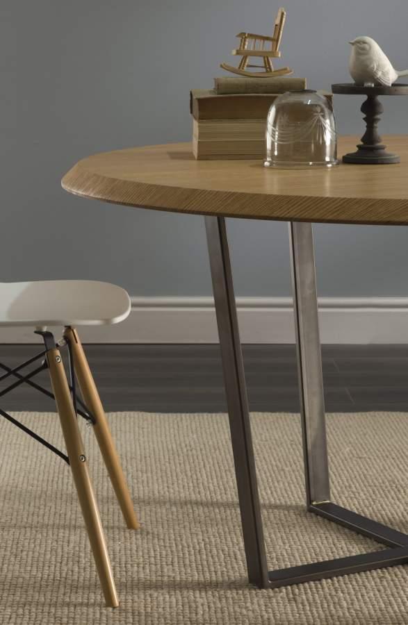 Tavolo in legno rotondo geronimo tondo milanomondo for Vergani arredamenti