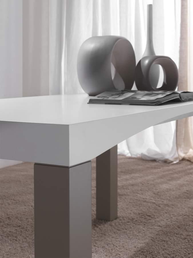 Tavolo moderno legno m 39 arco milanomondo for Vergani arredamenti