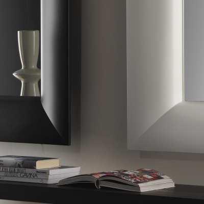 Mirror Caddie particular black white