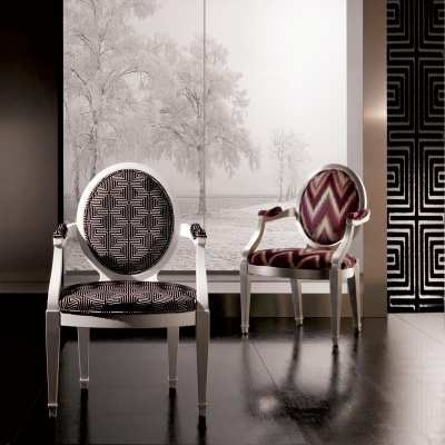Sitting chair greta front