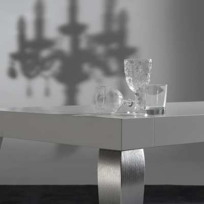 Modern Table Timoteo particular top